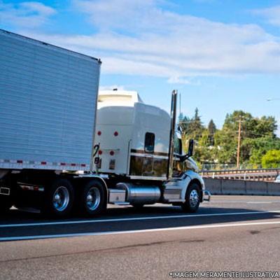 Transporte de carga rodoviario
